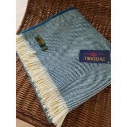 Plaid pure laine recyclée chevrons avec franges bleu canard